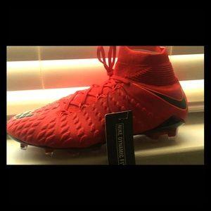 Nike Hypervenom Phantom3firm-Grounded soccer cleat